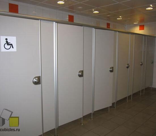 Сантехнические перегородки «Джамбо» — аэропорт Шереметьево