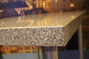 Стол из искусственного камня Tristone
