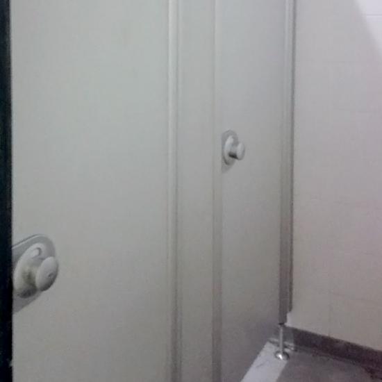 сантехнические перегородки «Джамбо»